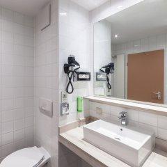 Отель Holiday Inn Munich - South ванная фото 2