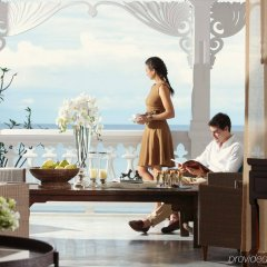 Отель Intercontinental Hua Hin Resort интерьер отеля