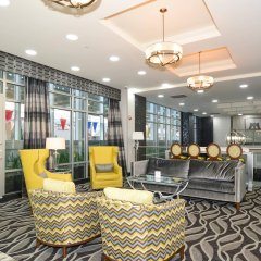 Отель Best Western Plus LaGuardia Airport Hotel Queens США, Нью-Йорк - отзывы, цены и фото номеров - забронировать отель Best Western Plus LaGuardia Airport Hotel Queens онлайн интерьер отеля фото 2