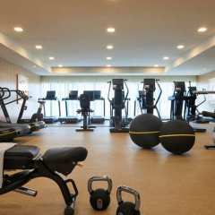 Отель Waldorf Astoria Beverly Hills фитнесс-зал