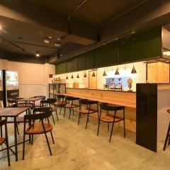 Ximen Duckstay Hostel гостиничный бар
