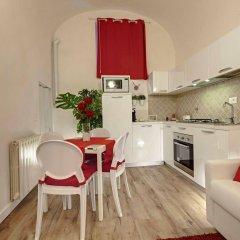 Апартаменты Around Florence Apartments Флоренция комната для гостей фото 4