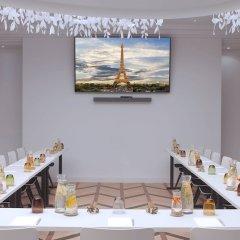 Renaissance Paris Hotel Le Parc Trocadero фото 12