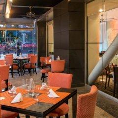 Отель Embassy Suites Mexico City Reforma Мехико питание