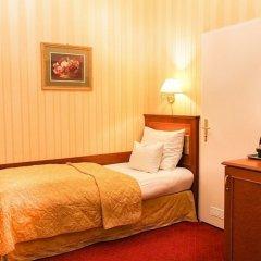 Отель Opera Suites комната для гостей фото 10