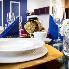 Апартаменты Abieshomes Serviced Apartments - Downtown питание