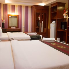 Natural Samui Hotel сауна