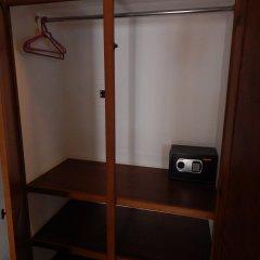 Отель Cabo Cush сейф в номере
