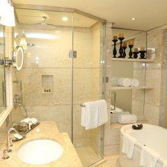 Отель Taj Samudra Hotel Шри-Ланка, Коломбо - отзывы, цены и фото номеров - забронировать отель Taj Samudra Hotel онлайн ванная фото 2