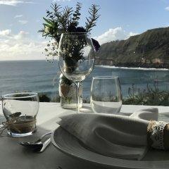 Отель Caloura Hotel Resort Португалия, Агуа-де-Пау - 3 отзыва об отеле, цены и фото номеров - забронировать отель Caloura Hotel Resort онлайн приотельная территория фото 2