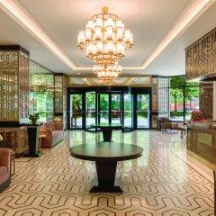 Ramada Hotel & Suites Istanbul Golden Horn интерьер отеля