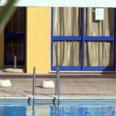 Отель Apartamentos Rio Португалия, Виламура - отзывы, цены и фото номеров - забронировать отель Apartamentos Rio онлайн бассейн фото 2