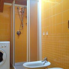 Отель Residence Corte della Vittoria Италия, Парма - отзывы, цены и фото номеров - забронировать отель Residence Corte della Vittoria онлайн ванная