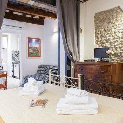 Апартаменты Santa Croce Apartment Флоренция комната для гостей фото 2