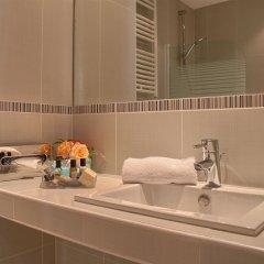 Отель Champs Elysees Friedland Париж ванная