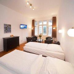 Апартаменты Old Town Apartments Greifswalder Strasse комната для гостей фото 3