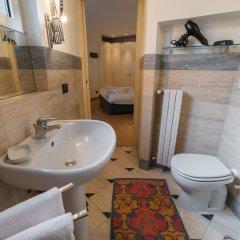 Отель At Home Heart of Milan - Duomo Apartment Италия, Милан - отзывы, цены и фото номеров - забронировать отель At Home Heart of Milan - Duomo Apartment онлайн ванная фото 2
