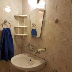 Отель Guest House Markovi Болгария, Равда - отзывы, цены и фото номеров - забронировать отель Guest House Markovi онлайн ванная фото 2