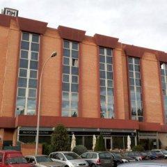Отель NH Porta Barcelona Испания, Сан-Жуст-Десверн - отзывы, цены и фото номеров - забронировать отель NH Porta Barcelona онлайн парковка