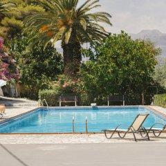 Отель Douka Seafront Residences бассейн фото 3