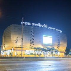 Oyo 129 Gems Park Hotel Бангкок фото 8