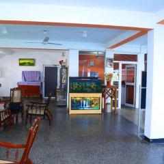 Отель Topaz Beach Шри-Ланка, Негомбо - отзывы, цены и фото номеров - забронировать отель Topaz Beach онлайн интерьер отеля