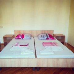 Отель Хостел JR's House Армения, Ереван - 1 отзыв об отеле, цены и фото номеров - забронировать отель Хостел JR's House онлайн комната для гостей фото 6