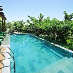 Отель Hoi An Chic бассейн
