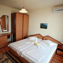 Отель Family Hotel Denica Болгария, Аврен - отзывы, цены и фото номеров - забронировать отель Family Hotel Denica онлайн сейф в номере