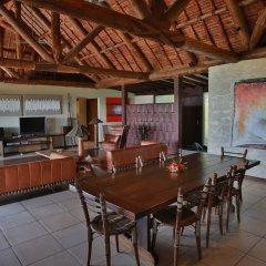 Отель Wananavu Beach Resort в номере