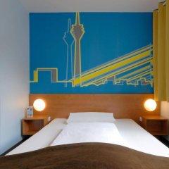 B&B Hotel Dusseldorf - Hbf комната для гостей фото 5