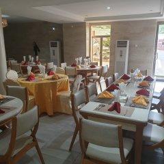 Maxbe Continental Hotel Энугу питание фото 2