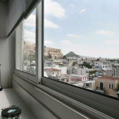 Отель Mind-blowing Acropolis View Apt Греция, Афины - отзывы, цены и фото номеров - забронировать отель Mind-blowing Acropolis View Apt онлайн балкон