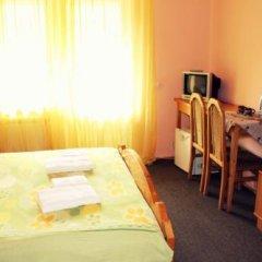 Отель Aratta Поляна комната для гостей фото 4