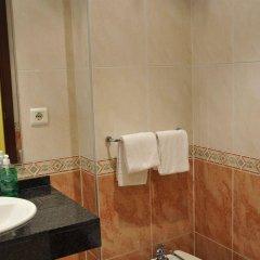 Отель Evenia Platja Mar Испания, Калафель - отзывы, цены и фото номеров - забронировать отель Evenia Platja Mar онлайн ванная фото 2