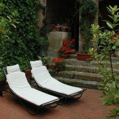 Отель LAntico Pozzo Италия, Сан-Джиминьяно - отзывы, цены и фото номеров - забронировать отель LAntico Pozzo онлайн бассейн