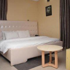 Отель Lush Suites Калабар комната для гостей фото 2