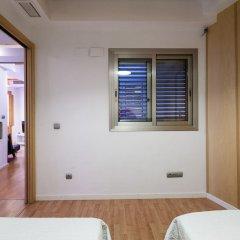 Отель Apartamentos Lonja Валенсия сейф в номере