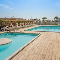 Hotel Mon Cheri бассейн