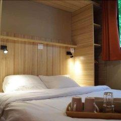 Отель Huttopia Saumur Сомюр сейф в номере