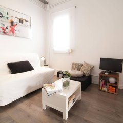 Апартаменты Apartments Gaudi Barcelona комната для гостей фото 2