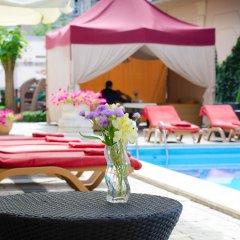 Гостиница Отрада бассейн фото 2