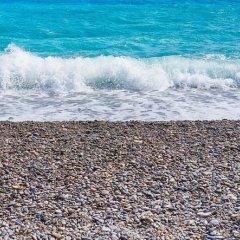 Отель Nicelidays - Le Suède Франция, Ницца - отзывы, цены и фото номеров - забронировать отель Nicelidays - Le Suède онлайн пляж