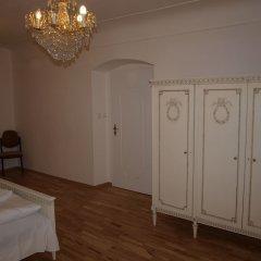 Апартаменты Castle apartment Прага комната для гостей фото 3