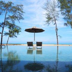 Отель La Vela Khao Lak бассейн фото 3