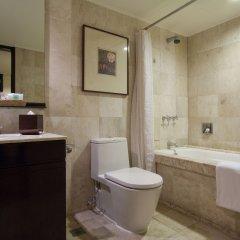 Отель Taal Vista Hotel Филиппины, Тагайтай - отзывы, цены и фото номеров - забронировать отель Taal Vista Hotel онлайн ванная