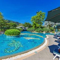 Отель Duangjitt Resort, Phuket бассейн