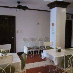 Отель Isla Gecko Resort Филиппины, остров Боракай - отзывы, цены и фото номеров - забронировать отель Isla Gecko Resort онлайн питание фото 2