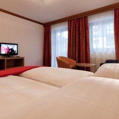 Отель Postwirt Австрия, Зёлль - отзывы, цены и фото номеров - забронировать отель Postwirt онлайн комната для гостей фото 2