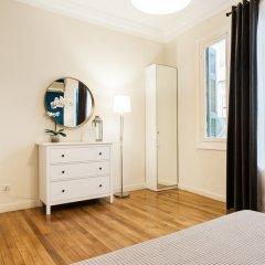 Апартаменты Monastiraki Apartments by Livin Urbban комната для гостей фото 2
